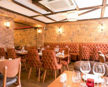 internal-view-of-tarla-restaurant (2)